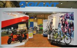 Xe đạp giá gốc GIANT tham gia triển lãm quốc tế xe hai bánh lần thứ 5 tại Hà Nội